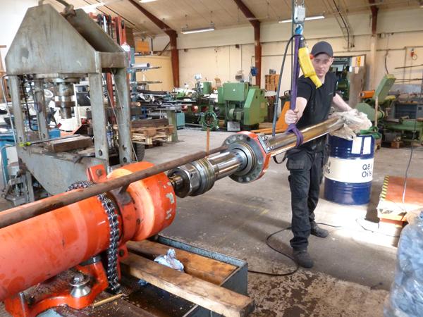 renovering af hydraulik cylinder